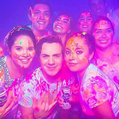 bodyglo-neon-paint-party-wil-the-photographer-wilthephotographer-disney-college-program-party-bus-international-cultural-representative-advantage-program-teamwil